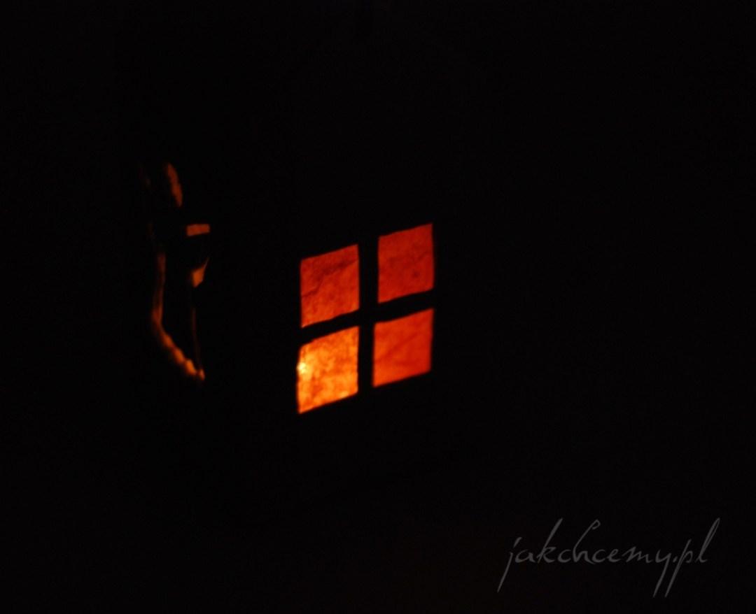 Lampion adwentowy DIY motyw okienka