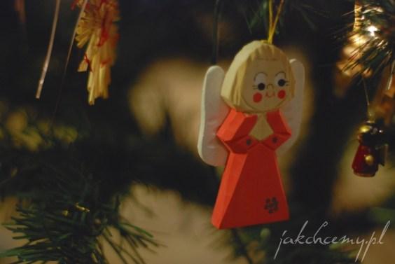 ubieranie choinki aniołek
