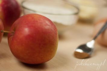 Jabłko i składniki