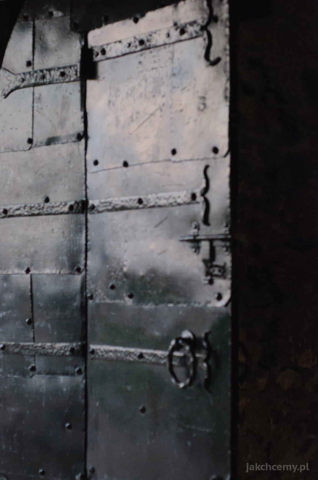 zamek drzwi metalowe