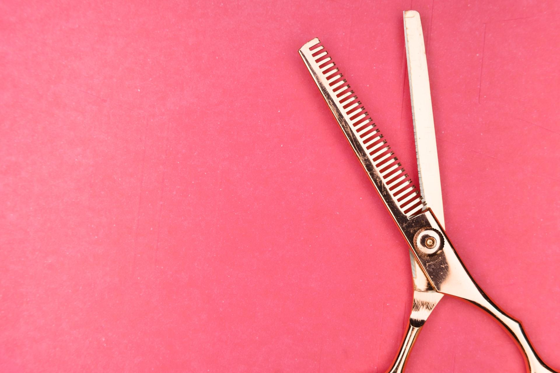 Hair scissors photo by Markus Winkler on Unsplash