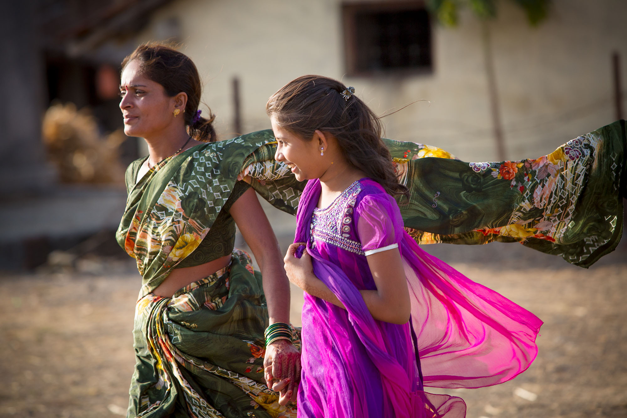 Mother and daughter in Maharashtra, India.