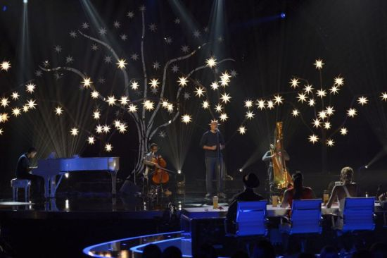 "Sons of Serendip delivered another stellar performance with their cover of ""Don't You Worry Child."" (Photo property of NBC)"