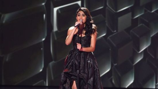 Sonika Vaid rocked out to Evanescence during Top 10 week. (Photo property of FOX, 19 Entertainment & FremantleMedia North America)