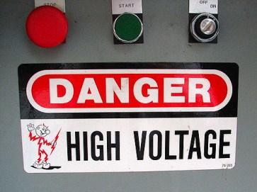lightning fact, electricity, danger