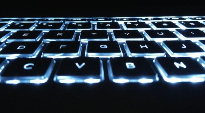 podświetlana klawiatura gamingowa