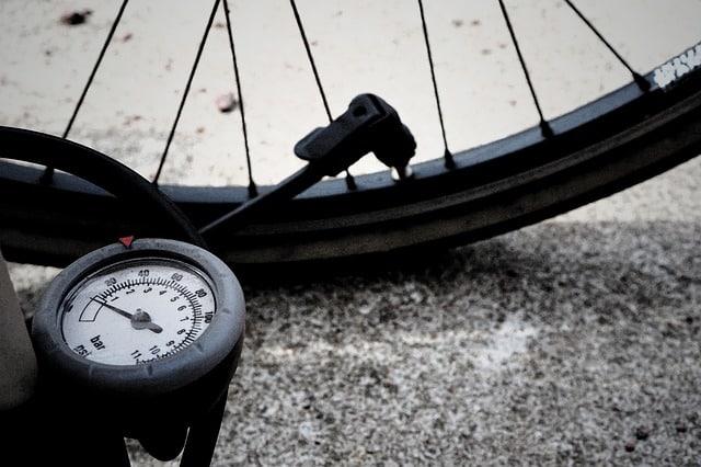 Jak dobrać pompkę do roweru?