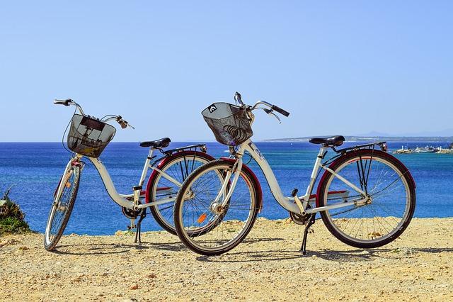 Tanie rowery turystyczne. Jaki tani rower turystyczny kupić?