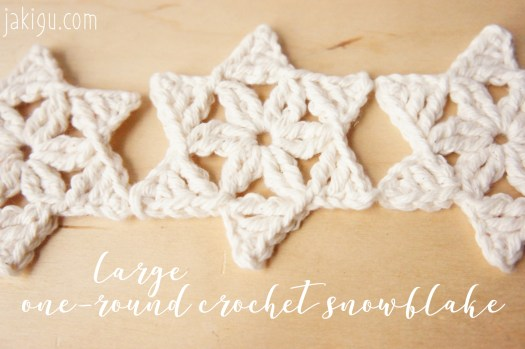 Quick & Easy Christmas Crochet Project - Free Snowflake Crochet Pattern by JaKiGu