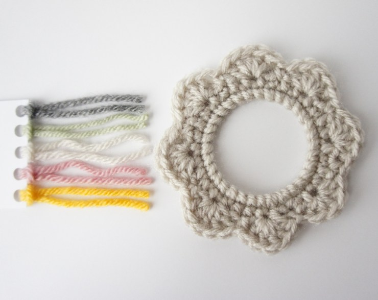 Crochet Picture Frame by JaKiGu