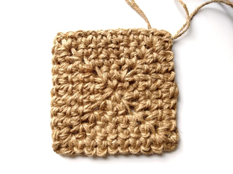 Jute Square Crochet Basket Pattern by JaKiGu 3