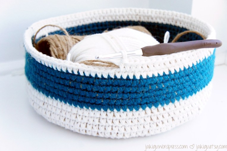 Coiled Crochet Basket by JaKiGu.