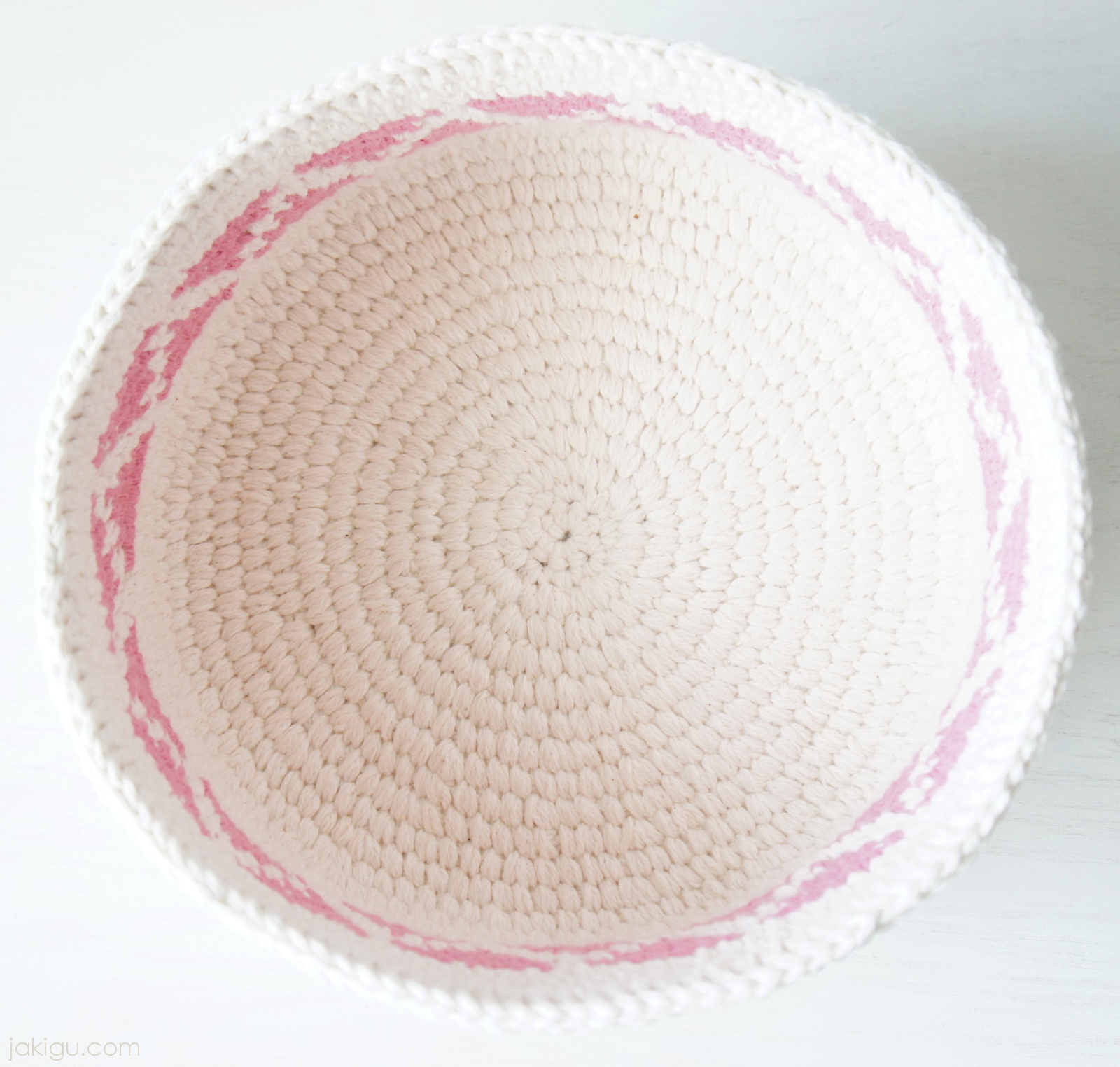 Contemporary crochet basket with triangles and chevron detail crochet basket with pink triangles and chevron geometric detail jakigu crochet pattern 308 dt1010fo