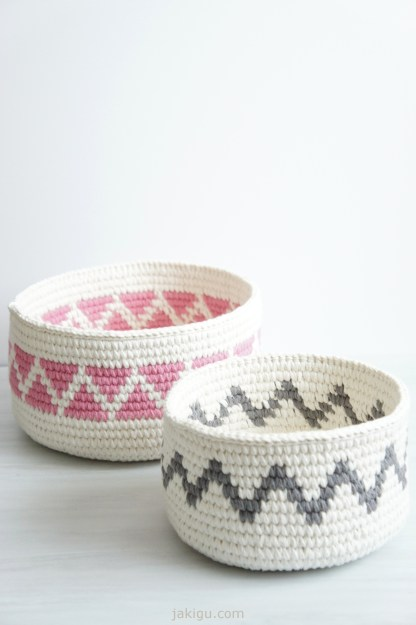 Geometric crochet basket by jakigu.com
