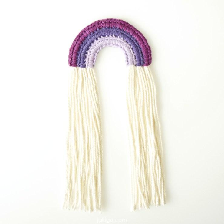 crochet rainbow wall hanging | jakigu.com