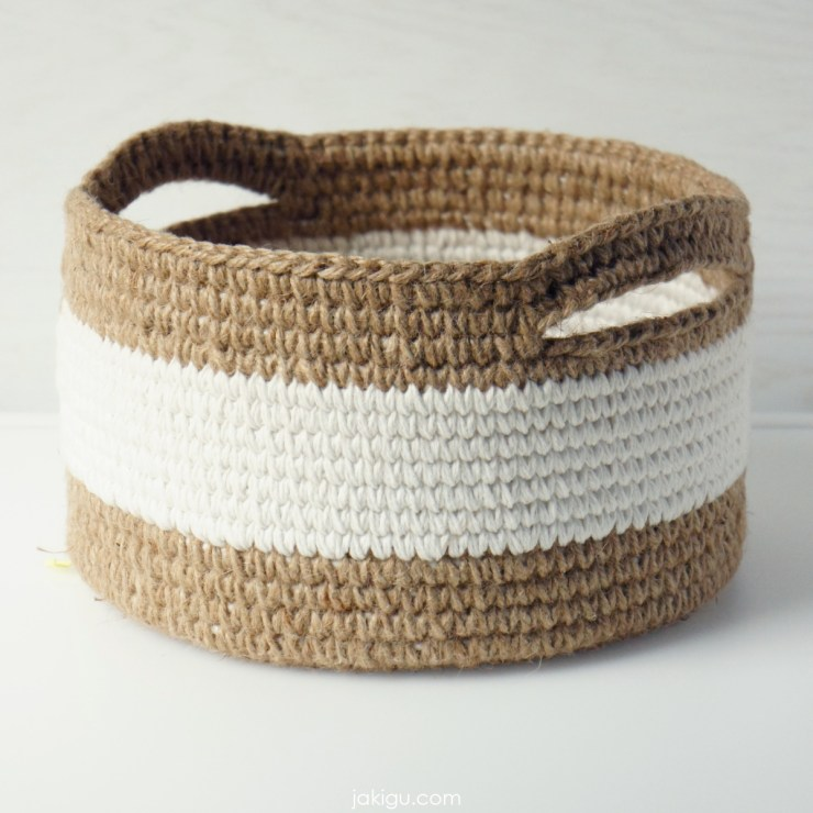jakigu.com | jute and cotton crochet basket with handles