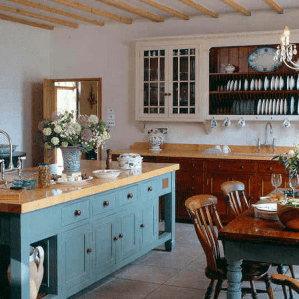 Eight Essential Elements Of A Farmhouse Family Kitchen