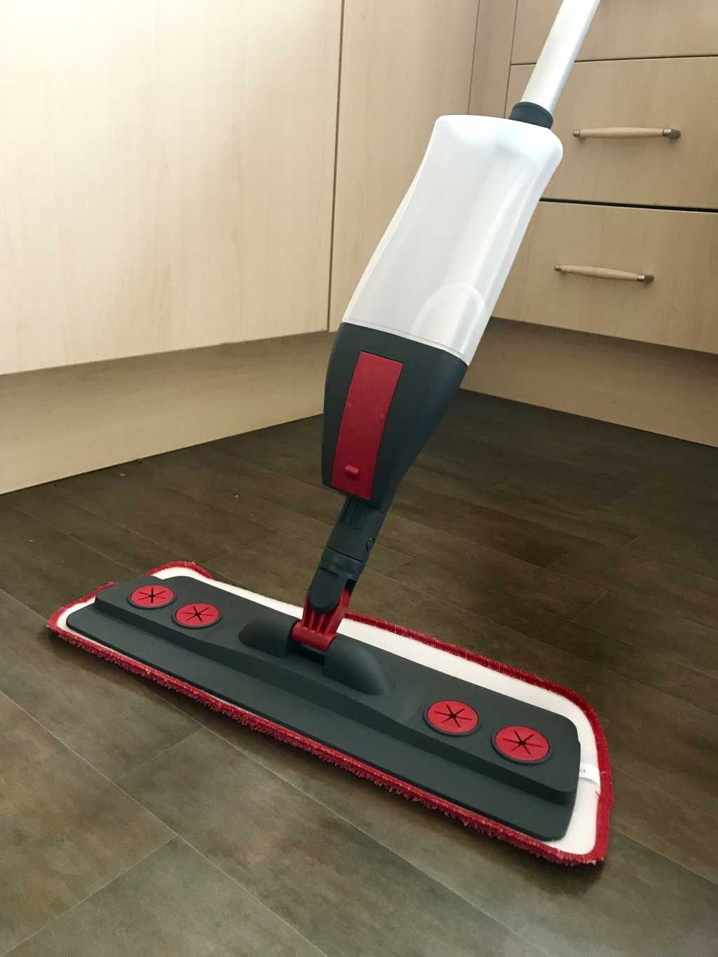 Getting Clean With The WizMop 2 in 1 Spray Mop