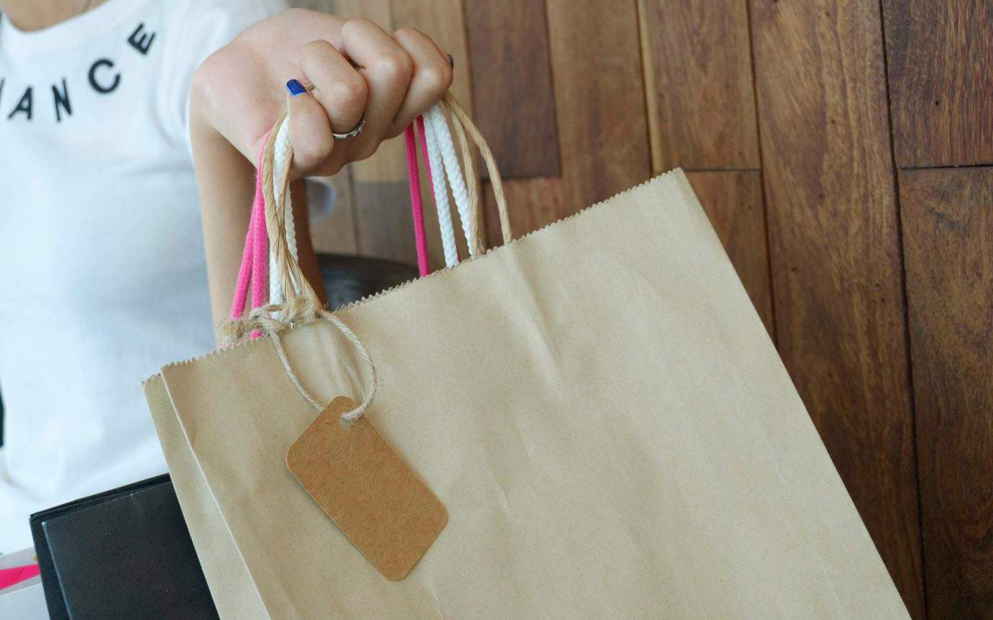 Why Savvy Sales Shopping is Kinder on Your Purse