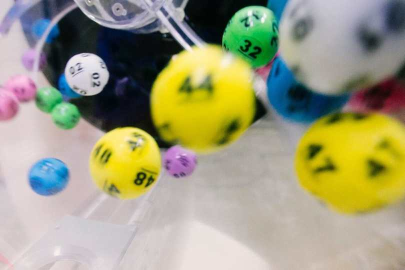 lottery balls in the machine
