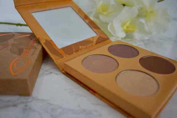 Couleur Caramel   nowości w naturalnym makijażu