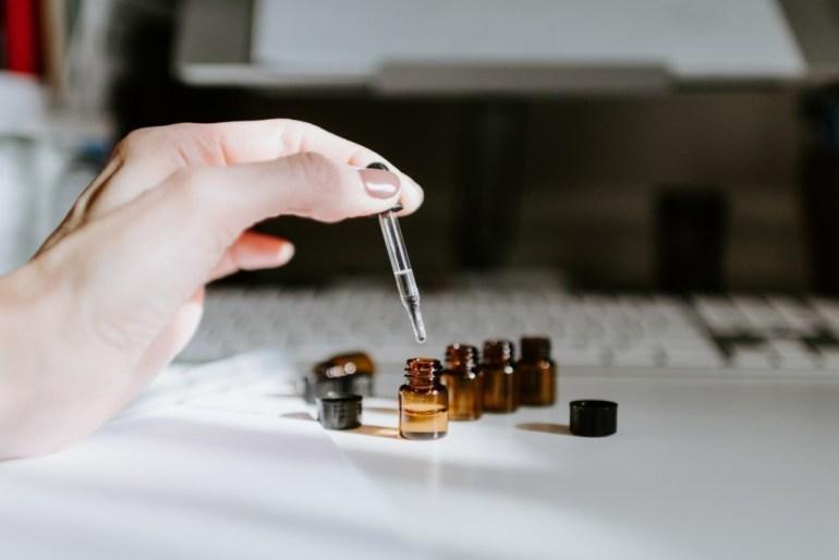 , Maseczka na wysuszone dłonie z…odżywki do włosów? Jak to działa?, Jak naturalnie, Jak naturalnie