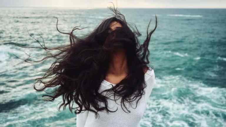 Metoda inwersji – jak zwiększyć porost włosów?