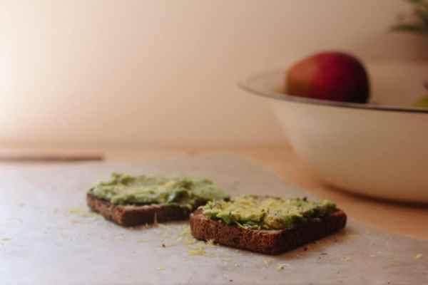 Pasztet z selera i pestek dyni, wegańska pasta do chleba
