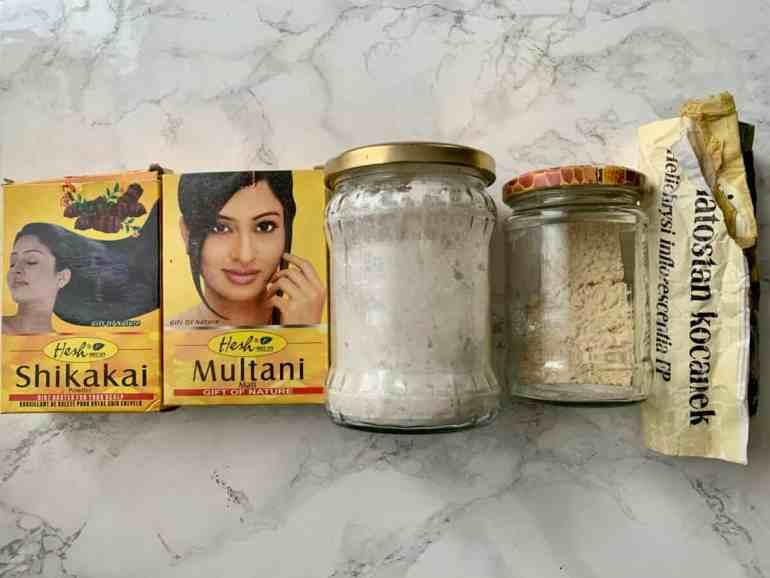 DIY szampon do włosów z glinką, mąką i Shikakai | no poo
