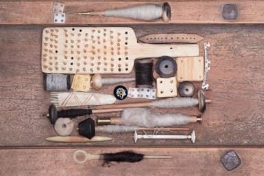 nástroje_textil_pračlověk