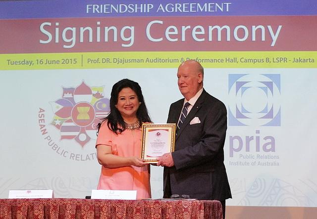APRN & PRIA kerjasama