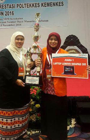 Rani Musfina Fajeri, mahasiswa semester V Prodi D-III Keperawatan Politeknik Kesehatan (Poltekkes) Kemenkes Jakarta III meraih prestasi Juara I Mahasiswa berprestasi Poltekkes Kemenkes tingkat nasional tahun 2016. (Istimewa)