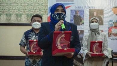 Photo of Berperan Aktif dalam Isu Kesehatan, JXB Raih Penghargaan dari Rekan Indonesia