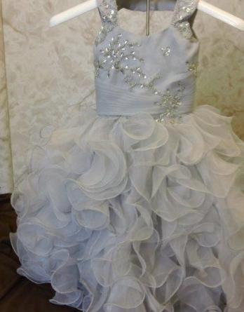 Infant wedding dresses with ruffle skirt