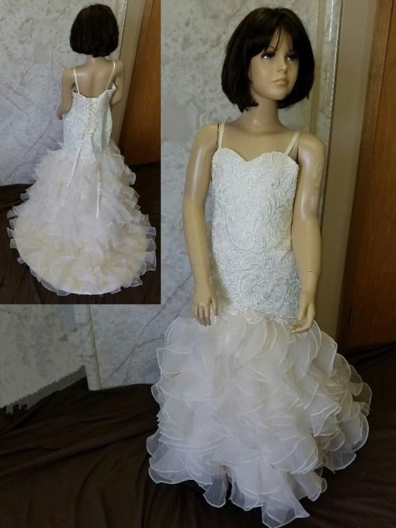 Matching mother daughter wedding dresses