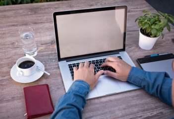 Freelancer kto to? I jak zacząć krok po kroku?