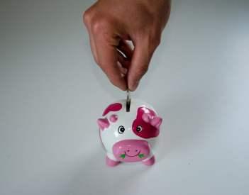 Jak zacząć zarabiać i oszczędzać jako dziecko?