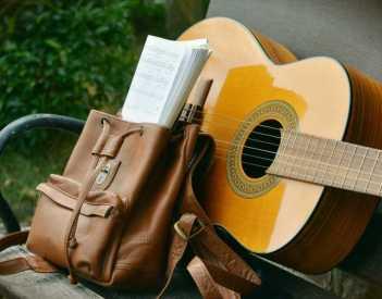 Polski Śpiewnik Gitarowy = Piosenki na gitarę
