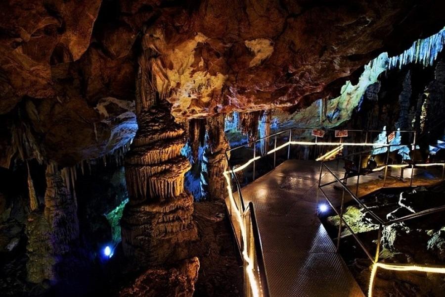 oylat caves