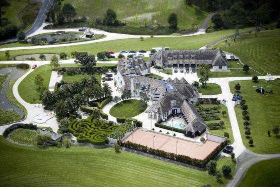 Vista aérea de la mansión de Kim Dotcom en Coatesville, al noroeste de Auckland, Nueva Zelanda. / NATALIE SLADE (AP) Megaupload, piratas y delitos