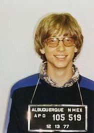Foto de Bill Gates tras ser detenido en 1977 en Alburquerque, Nuevo México