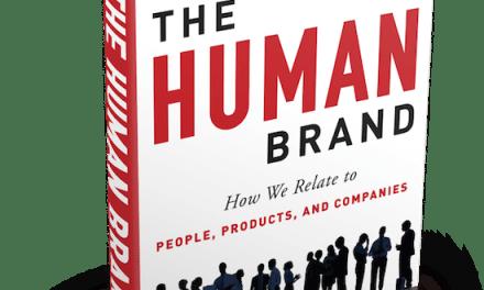 Cómo se relacionan los clientes con las empresas