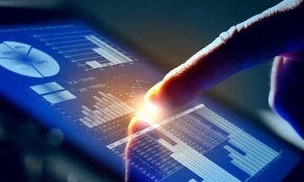 Hay que humanizar la tecnología y no al revés