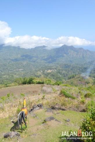 Dari sini tampak kampung kampung tradisional lainnya...