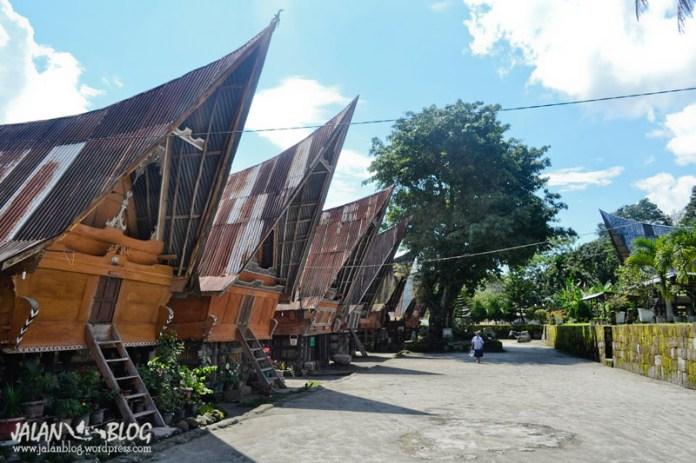 Rumah Bolon - Samosir