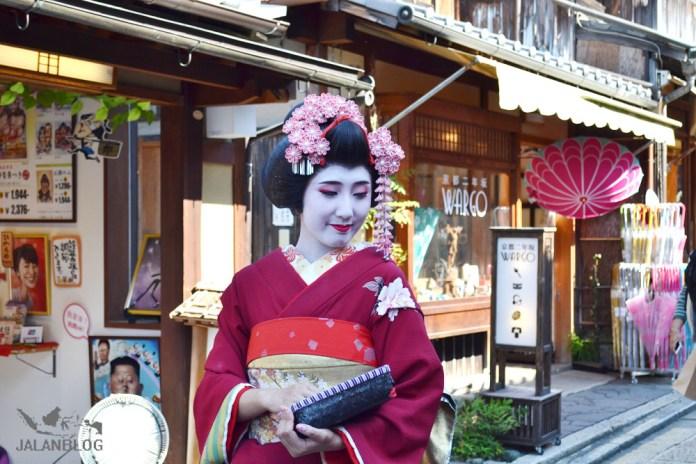 Geisha.....?