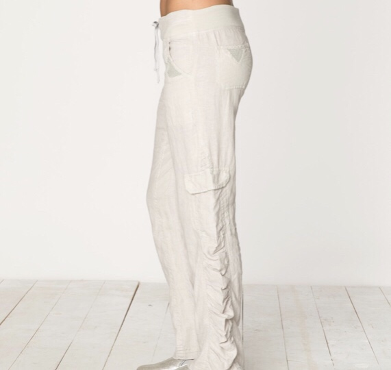 The adjustable waist pants