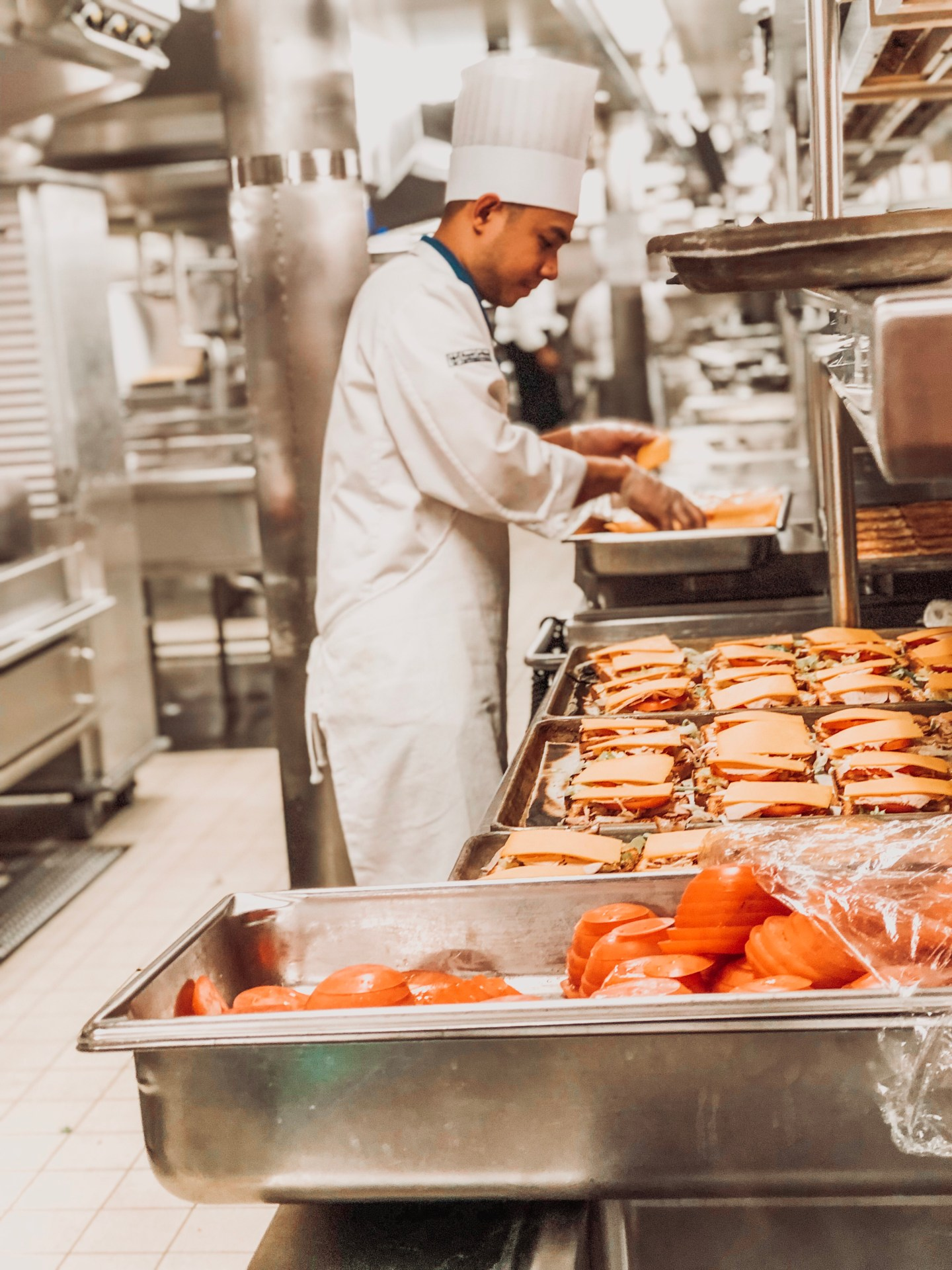 symphony of the seas food prep