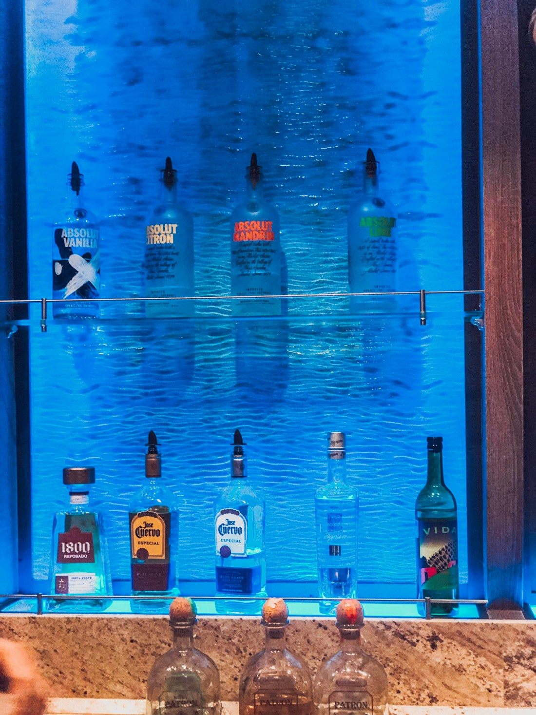 symphony of the seas bar
