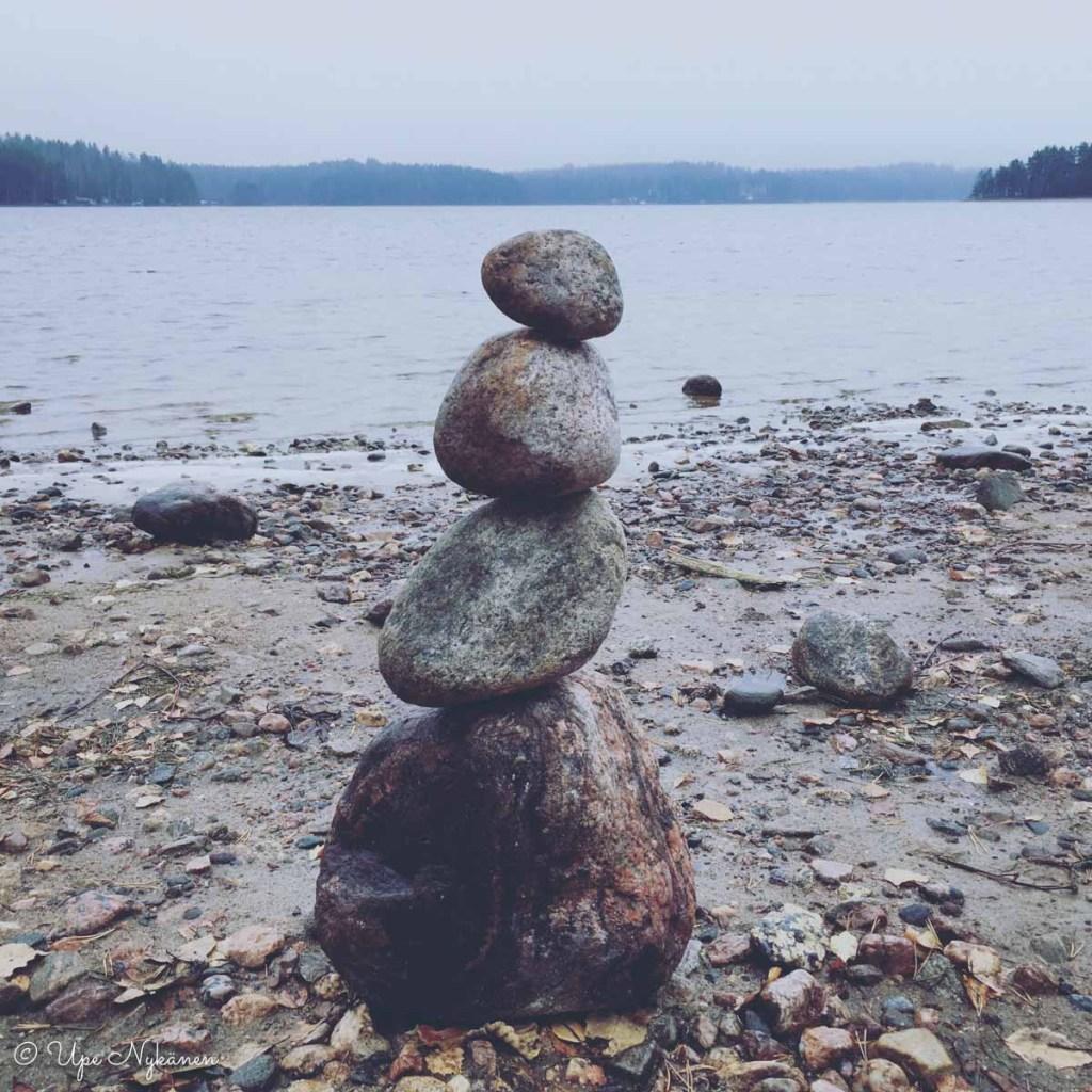 Kivikeko Saimaan rannassa, Imatran Lammassaari.